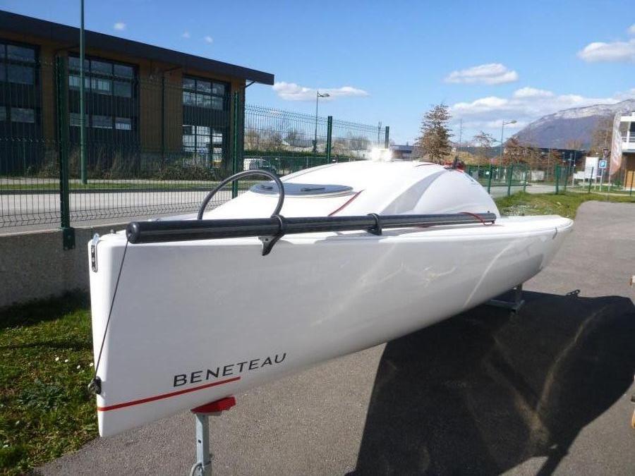 Beneteau First 18