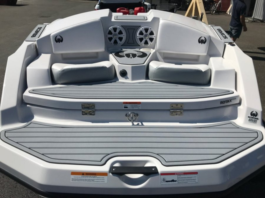 SCARAB BOATS 165 GOST - 4